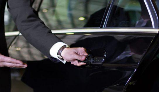 Se déplacer en taxi ou en VTC pendant un voyage à Paris : lequel choisir ?