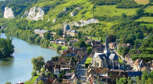 Dans le Vexin normand, les sites touristiques visent le tourisme de proximité