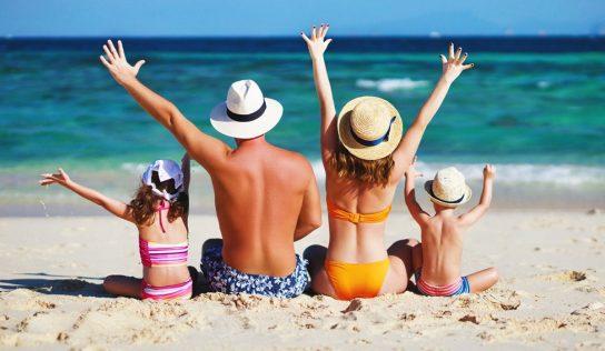 Chèques ou bons vacances, voici les départements français qui vous aider à partir cet été