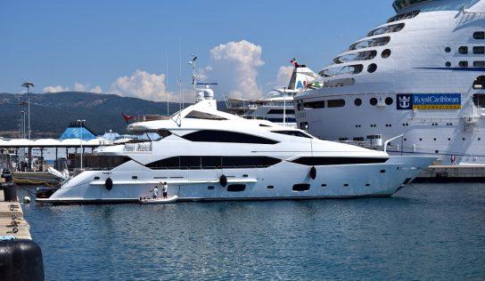 Croisière en yacht : souscrire une assurance adaptée pour anticiper les imprévus