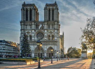 Cathédrale Notre-Dame de Paris – Jean-Jacques Annaud en tournage