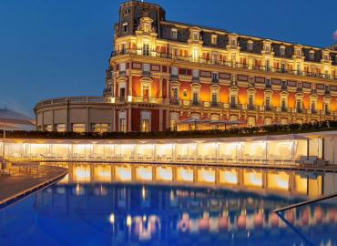 L'hôtel du Palais à Biarritz rouvre ses portes après une rénovation historique